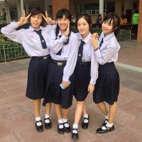dong-phuc-nu-sinh-xinh-yeu-trong-7-phim-hoc-duong-thai