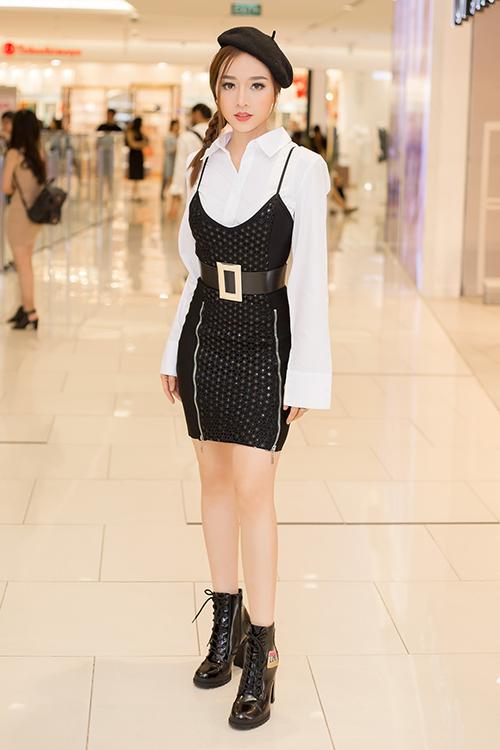 bang-di-khoe-tai-tu-mix-do-dinh-khong-kem-stylist