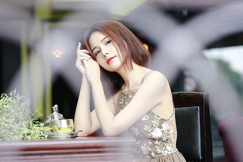 phanh-lee-co-hoa-si-dang-tung-hoanh-voi-vai-vu-cong-sexy-dance-1