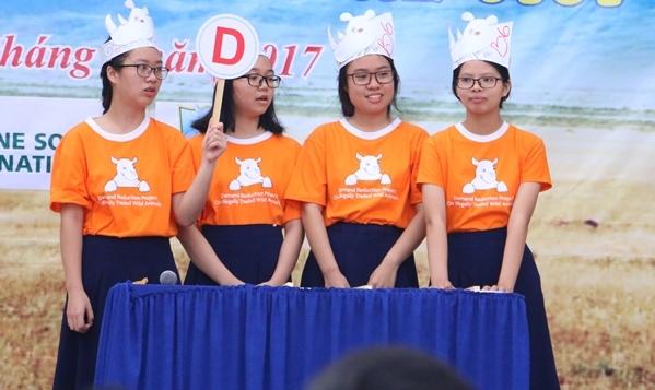 teen-phu-nhuan-nhay-flashmob-chat-lu-keu-goi-ngung-su-dung-sung-te-giac-5