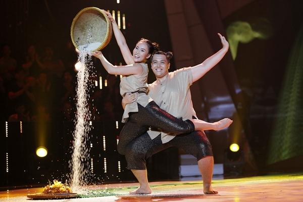 thi-sinh-gan-100kg-mat-viec-vi-thi-gameshow-giam-can-duoc-giam-khao-chu-cap