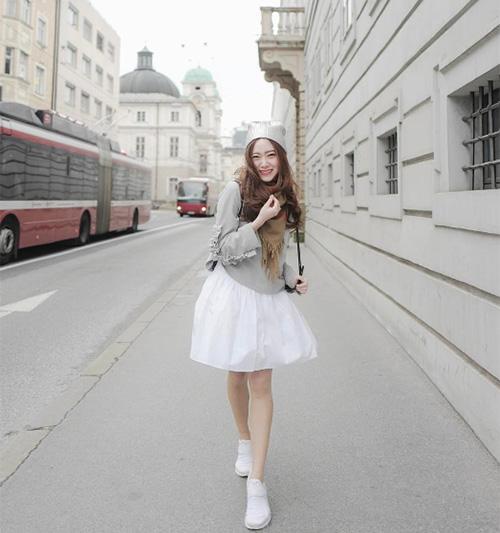 dan-hot-girl-sanh-dieu-o-ngoi-truong-danh-gia-bac-nhat-thai-lan-6