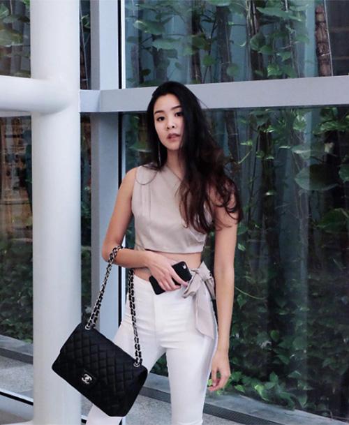 dan-hot-girl-sanh-dieu-o-ngoi-truong-danh-gia-bac-nhat-thai-lan-11