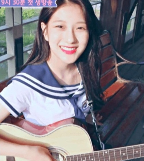 9-idol-nu-duoc-debut-thong-qua-cuoc-thi-chi-nhin-mat-khong-xet-tai-nang-2-2