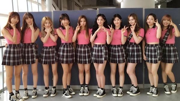 sao-han-1-10-seo-hyun-duoc-my-nam-phuc-vu-iu-gian-di-van-xinh-5