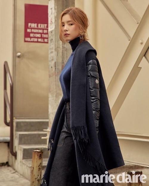 sao-han-1-10-seo-hyun-duoc-my-nam-phuc-vu-iu-gian-di-van-xinh-2-7