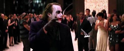 joker-dang-so-nhat-man-anh-khien-ban-dien-khong-noi-noi-mot-cau-thoai-1