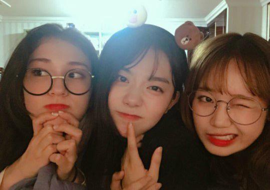 Somi, So Hye và Yoo Jung