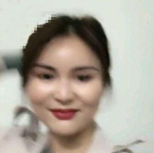 mot lan livestream, hot girl mat het fan vi lo mat that hinh anh 8