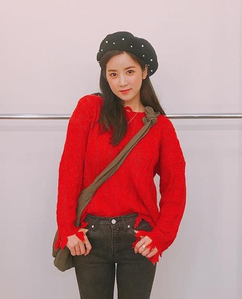 sao-han-17-10-suzy-doi-style-chung-chac-kim-so-hyun-mat-tron-xoe-2