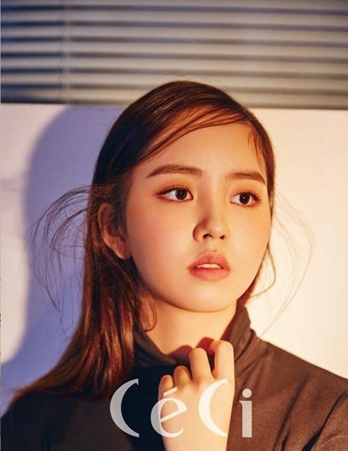 sao-han-17-10-suzy-doi-style-chung-chac-kim-so-hyun-mat-tron-xoe-1