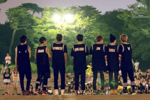 netizen-choang-khi-so-sanh-bts-trong-concert-dau-tien-va-gan-day-5