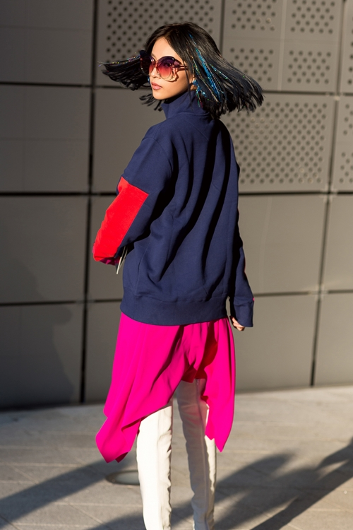 phi-phuong-anh-bien-hoa-da-sac-mau-trong-ngay-dau-seuol-fashion-week-5