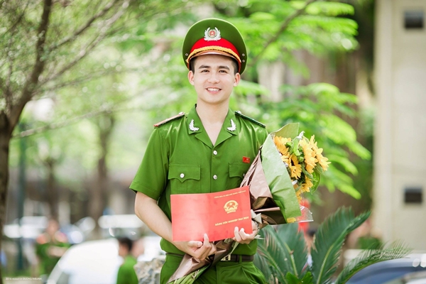 hot-boy-canh-sat-cua-do-nguoi-dep-to-nhu-lam-vo-7