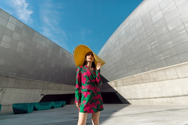 diem-my-9x-kieu-ky-danh-bat-rung-streetstyle-tai-seoul-fashion-week-8