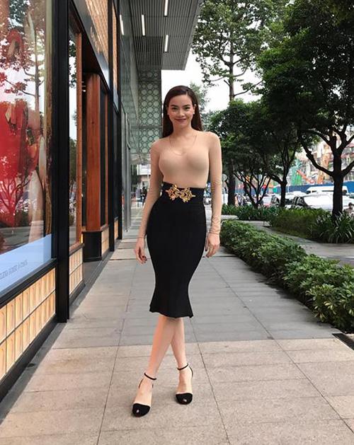 street-style-toan-hang-hieu-dang-cap-cua-sao-hot-girl-viet-tuan-qua-8