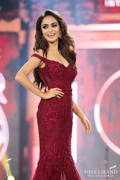 hoi-ban-than-toan-my-nhan-cua-huyen-my-o-miss-grand-international-9