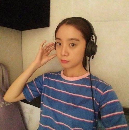 netizen-han-mia-mai-viec-twice-co-giao-vien-giup-tap-hat