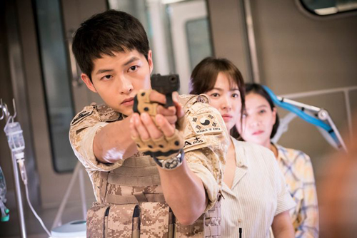 cac-my-nam-phim-han-co-suc-manh-chong-ca-nan-zombie-2