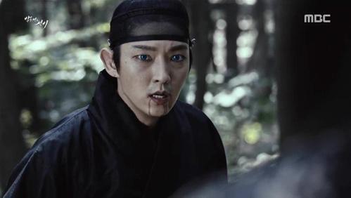 cac-my-nam-phim-han-co-suc-manh-chong-ca-nan-zombie-4