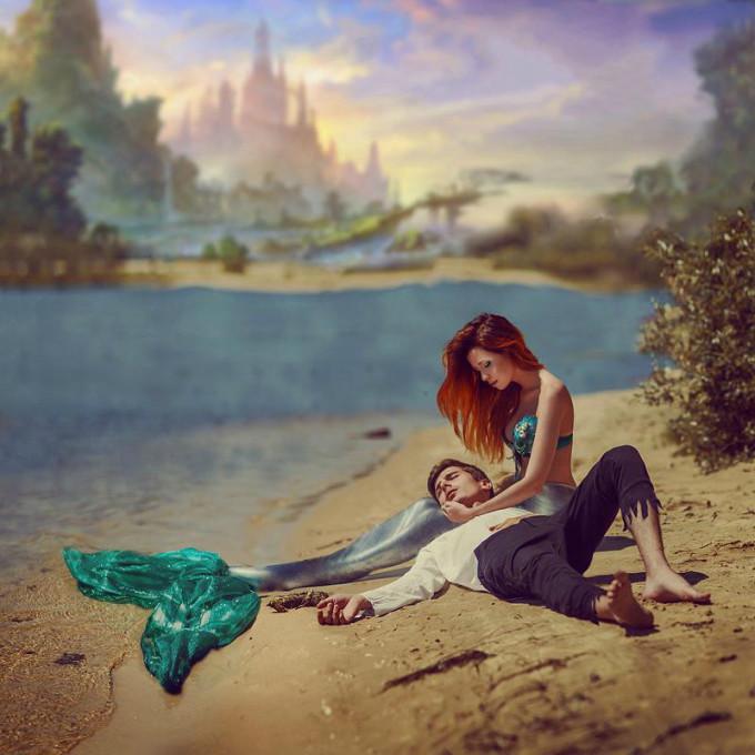 <p> Khoảnh khắc mỹ nhân cứu anh hùng được tái hiện dựa theo nguyên tác 'Nàng tiên cá' của Andersen.</p>