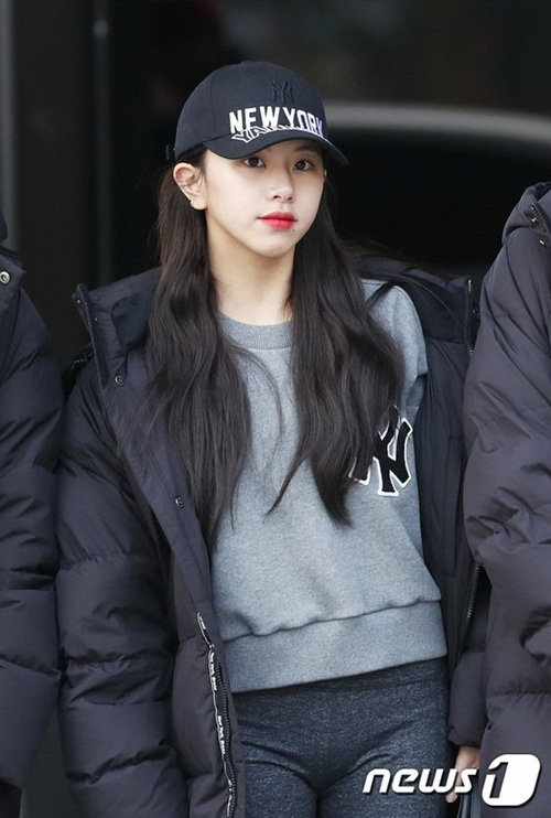 twice-ho-eo-giua-troi-lanh-red-velvet-chat-lu-o-san-bay-3