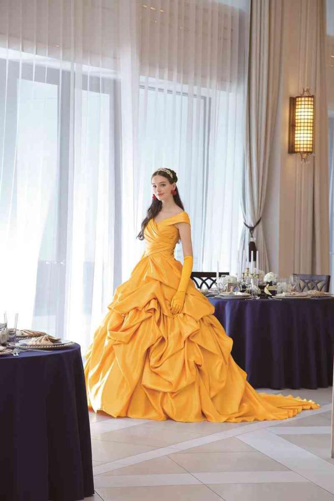 <p> Giá thuê trung bình cho mỗi chiếc váy cưới này rơi vào khoảng 3.600 USD (hơn 81 triệu VNĐ).</p>