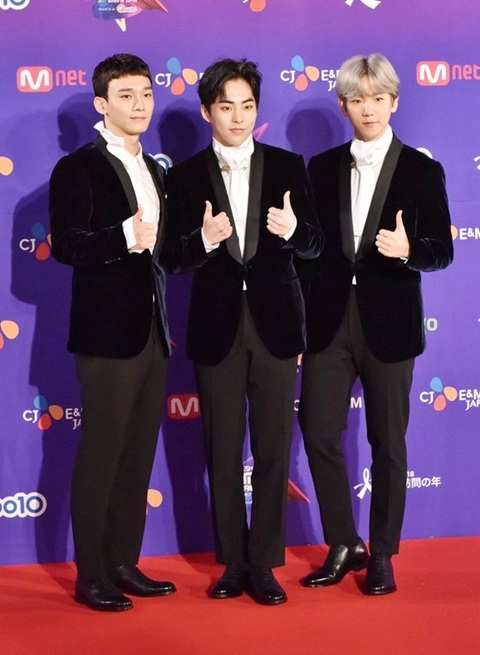 twice-wanna-one-exo-cbx-hot-nhat-tham-do-mama-2017-2