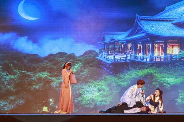 phan-ung-cua-hari-won-khi-fan-hoi-bao-gio-sinh-em-be-4