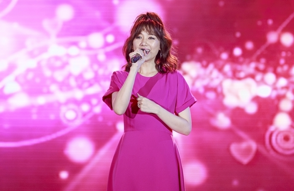 phan-ung-cua-hari-won-khi-fan-hoi-bao-gio-sinh-em-be-3