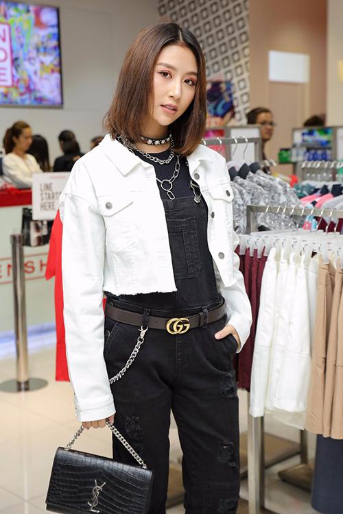 hot-girl-viet-len-doi-dang-cap-thoi-trang-du-tiec-tu-khi-vao-showbiz-2