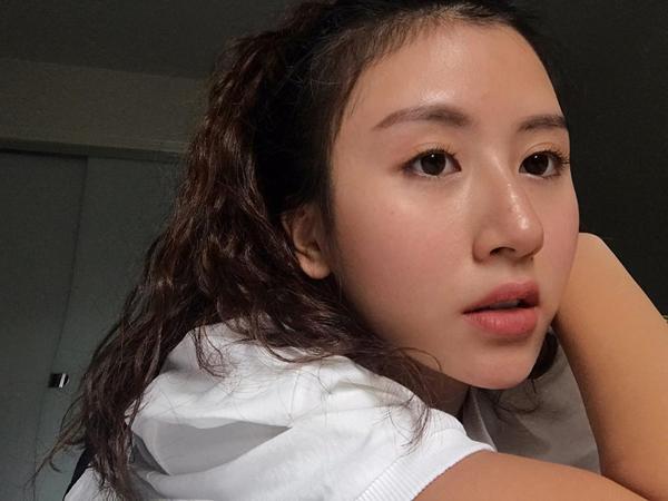 3-hot-girl-viet-co-da-moc-cang-bong-chang-kem-con-gai-han-10