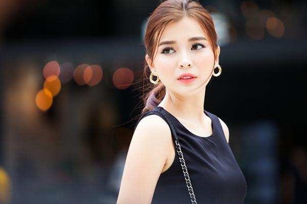 Cao Thái Hà xác nhận chia tay bạn trai sau hơn 1 năm hẹn hò.