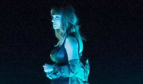 Vòng 1 'xưa và nay' thay đổi chóng mặt của Taylor Swift