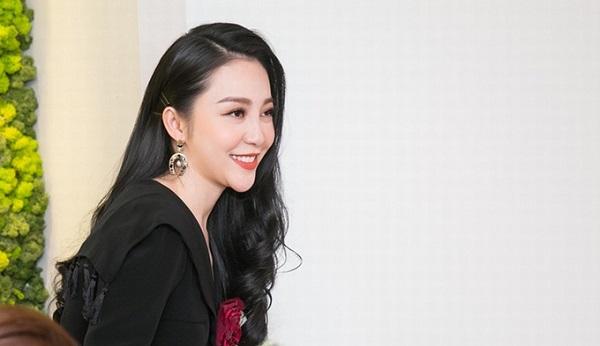 Linh Nga chạy show event sau khi thắng kiện chồng cũ, giành quyền nuôi con