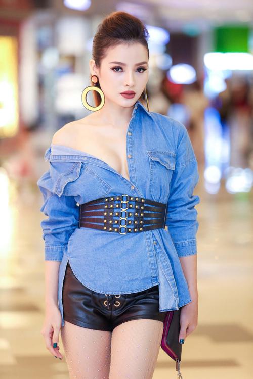 Mỹ nhân Việt gây ngán ngẩm với lối ăn mặc như có thù với stylist - 6