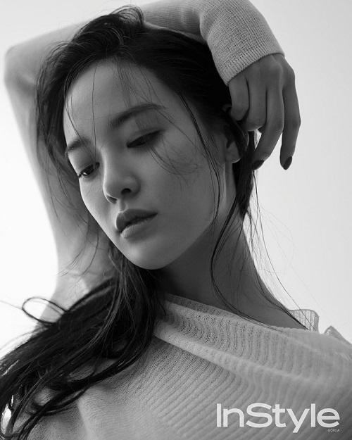 Không chỉ là một ca sĩ, diễn viên; Joo Yeon còn là một người mẫu đầy triển vọng.