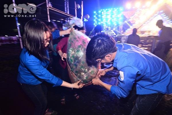Hành động ý nghĩa nhất của bạn trẻ Đà Nẵng trong ngày đầu năm mới - 5