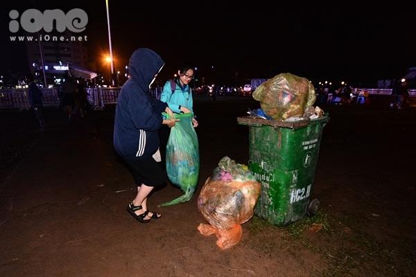 Hành động ý nghĩa nhất của bạn trẻ Đà Nẵng trong ngày đầu năm mới - 6