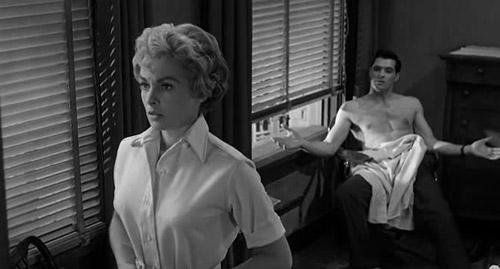 Tạm dừng đúng khoảnh khắc, khán giả phát hiện ra hình ảnh kinh dị trong Psycho