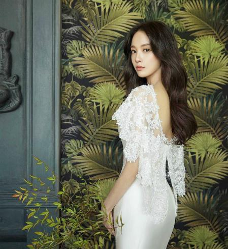 Vẻ ngoài cuốn hút của Lee Joo Yeon.