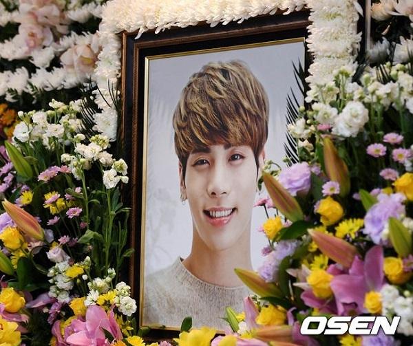 Những vụ tự tử gây ám ảnh nhất làng giải trí Hàn Quốc - 1
