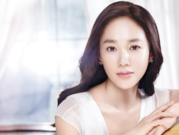 Loạt sao trẻ mãi không già của showbiz Hàn Quốc - 2