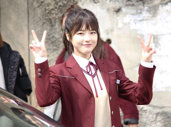 Loạt sao trẻ mãi không già của showbiz Hàn Quốc - 4