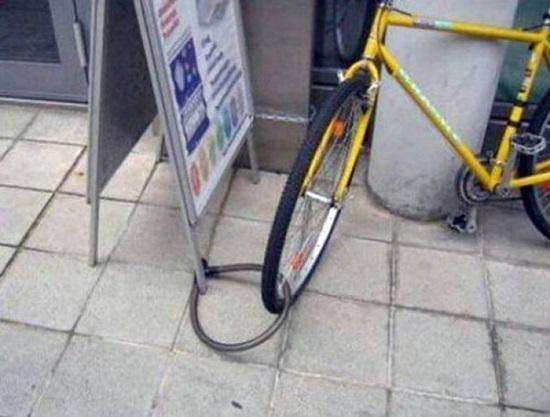 Hãy xem mấy phút thì mất chiếc xe đạp nào?