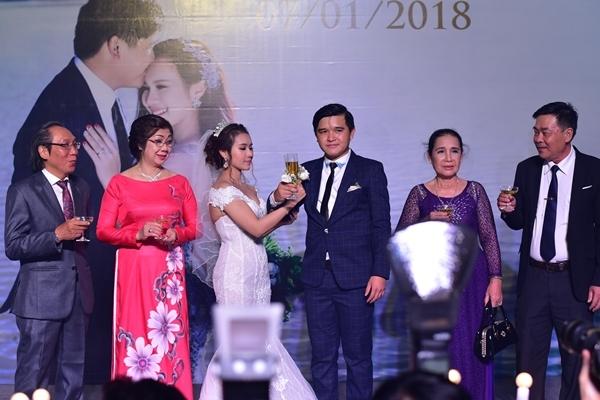 Lan Ngọc và dàn sao Việt dự đám cưới diễn viên Cánh đồng bất tận - 7