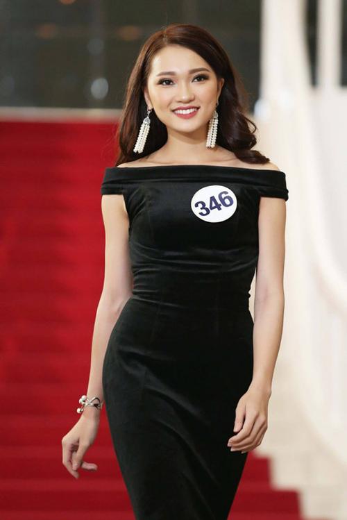 Cô gái mặt đẹp nhất Hoa hậu Hoàn vũ hụt vương miện đáng tiếc - page 2 - 6