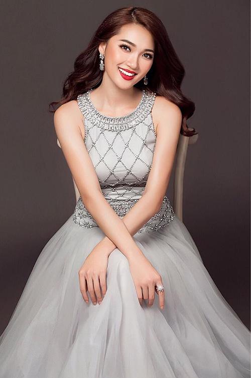Cô gái mặt đẹp nhất Hoa hậu Hoàn vũ hụt vương miện đáng tiếc - page 2 - 9