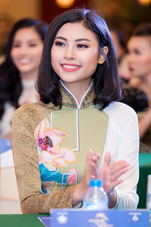 Cao Thái Hà gây xôn xao với phát ngôn gái nghèo thi hoa hậu để đổi đời  - 5