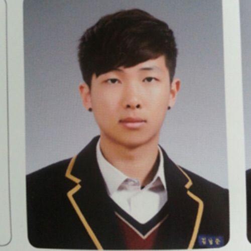 Loạt idol từng theo học ở trường cấp 3 nhà giàu Apgujeong